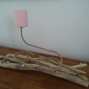 bougeoir en bois flotté décoré de mandala et de dentelle rose